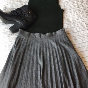Forever 21 Cotton Accordion Skirt